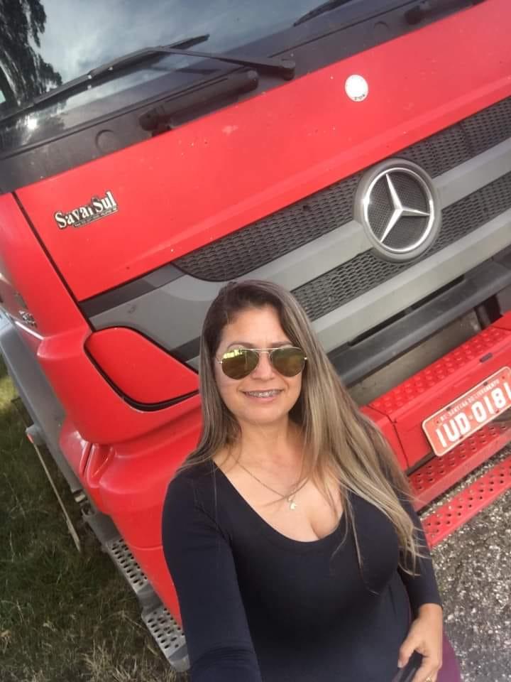 Carla era uma das poucas caminhoneiras da região e tinha 37 anos